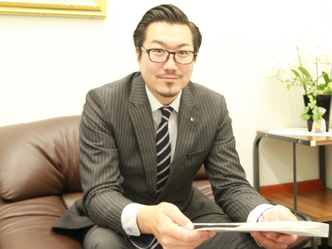 工藤佑輝さん(38歳) 学校法人国際共立学園法人本部本部長代行4